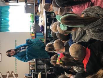 Native American Guest Speaker in Kindergarten