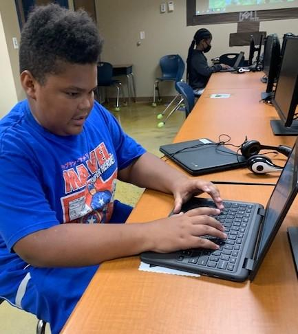 Greenbrier Gives Chromebooks to All Students