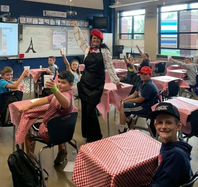 Mrs. Kelley's classes visit Paris!