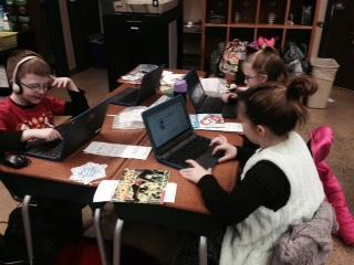 Second Grade learning to use Google Classroom