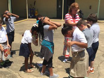 Eclipse viewing with glasses and homemade pinhole projectors