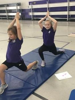 5th graders doing Horse Pose