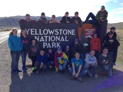 Yellowstone Expedition Students