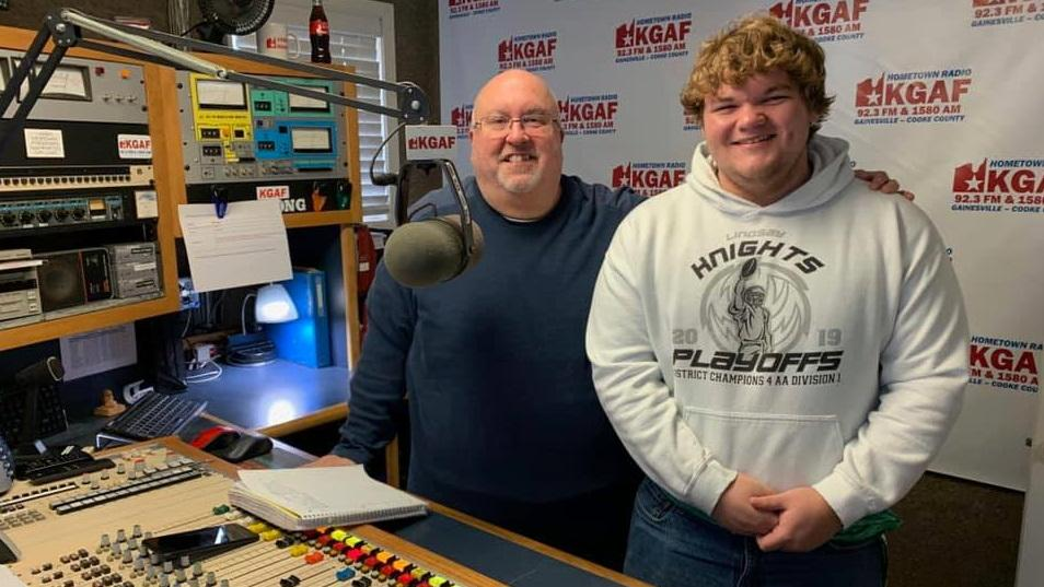 Dee Blanton and Casey Pounds at the radio station