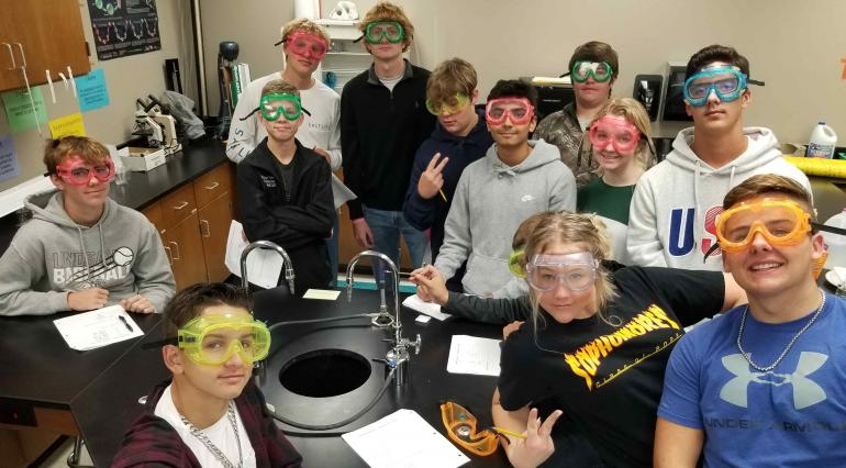 Mrs. Keith's class poses in goggles
