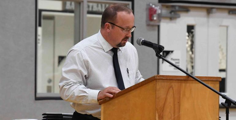 Principal Steve Cope addresses the crowd.