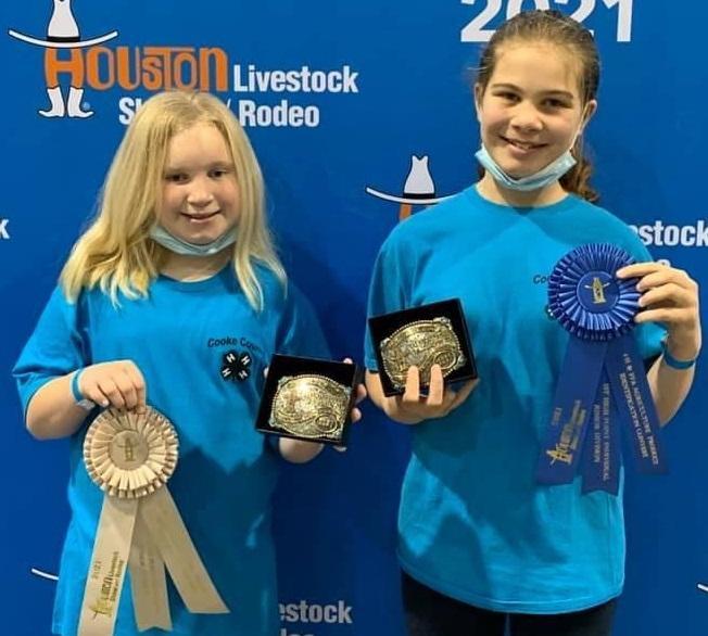 Neu sisters win awards at Houston.