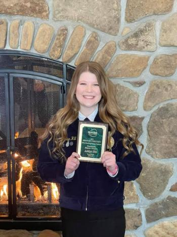 Ashlyn Hill takes 2nd Place in State FFA Speaking