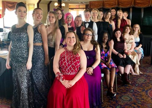 Group photo of 2018 Prom attendees