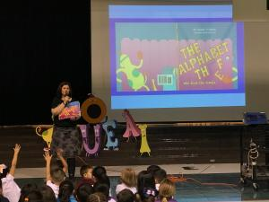 Author, Claudia Villarreal, presents her book: The Alphabet Thief who stole the vowels.