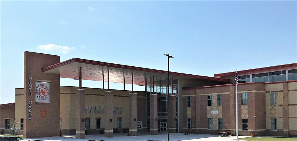 Picture of the front of United High School 9th Grade Campus