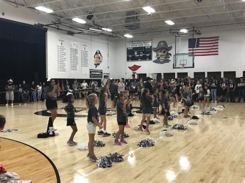 mini cheerleaders