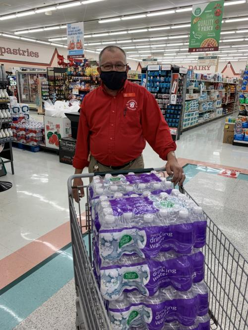 Brookshire Brothers donates 10 cases of water to HISD