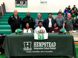 Thumbnail Image for Article Fredarien Lewis Signs with Angelo State
