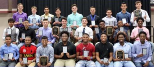 2018 boys athletic award winners