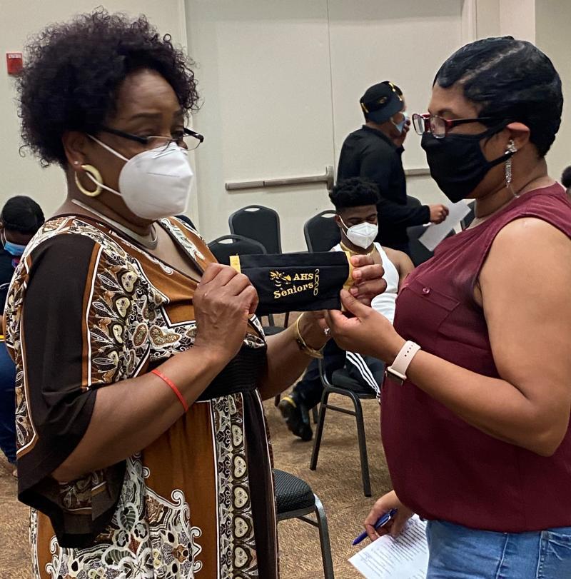 AHS Class of 1983 Created Masks for AHS Class of 2020