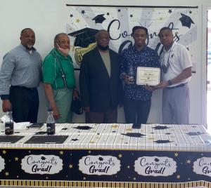 Tyler Jefferson receives the Ruston Newbin Consistory #344 scholarship
