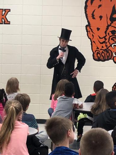 Abe Lincoln speaks to SHS elementary students
