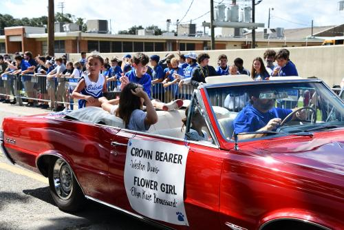 Crown Bearer Weston Davis and Flower Girl Ellyn Kate Broussard from Dozier for Homecoming 2021.