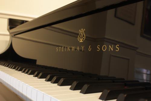 Steinway Grand Piano Keyboard