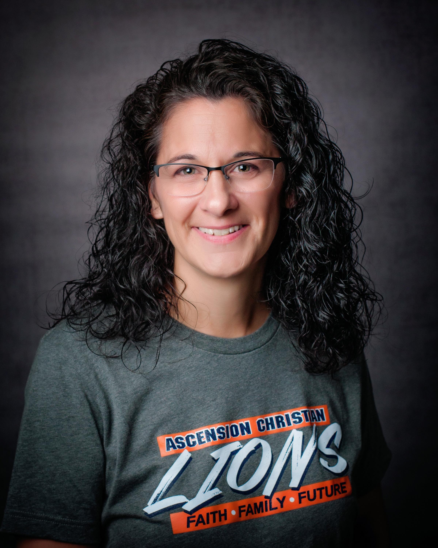 Toni Swanson, Administrative Assistant