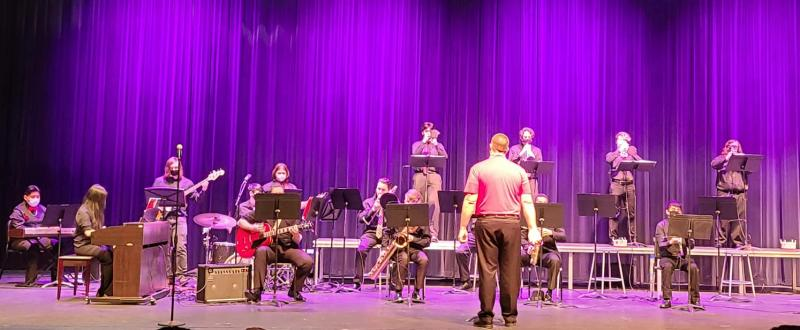 Jazz Band Wows Concert Go-ers Monday Night