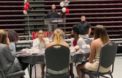Softball Banquet Recognizes Players