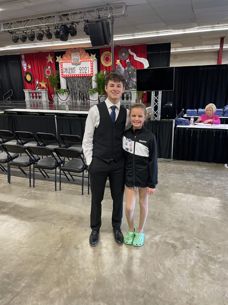 Spring Hill Students Compete at the State Pageant Talent Competition