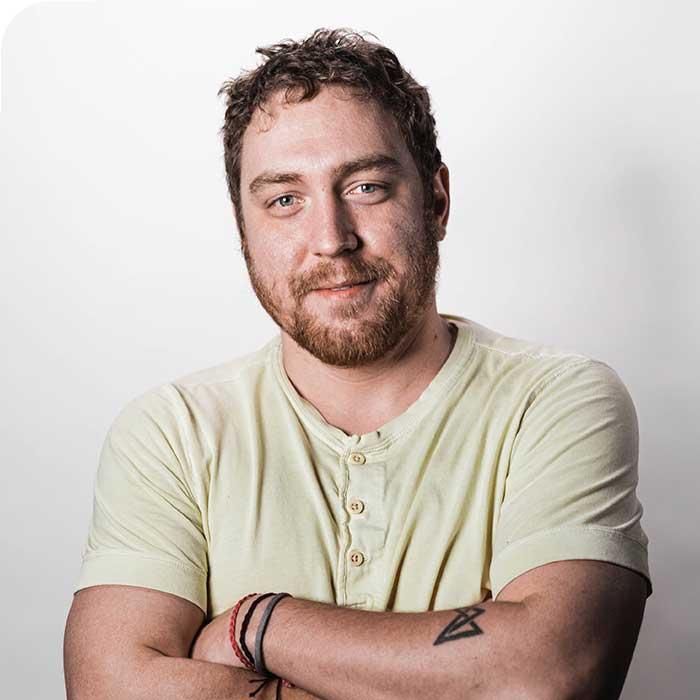 Aaron Newhouse - Graphic Designer