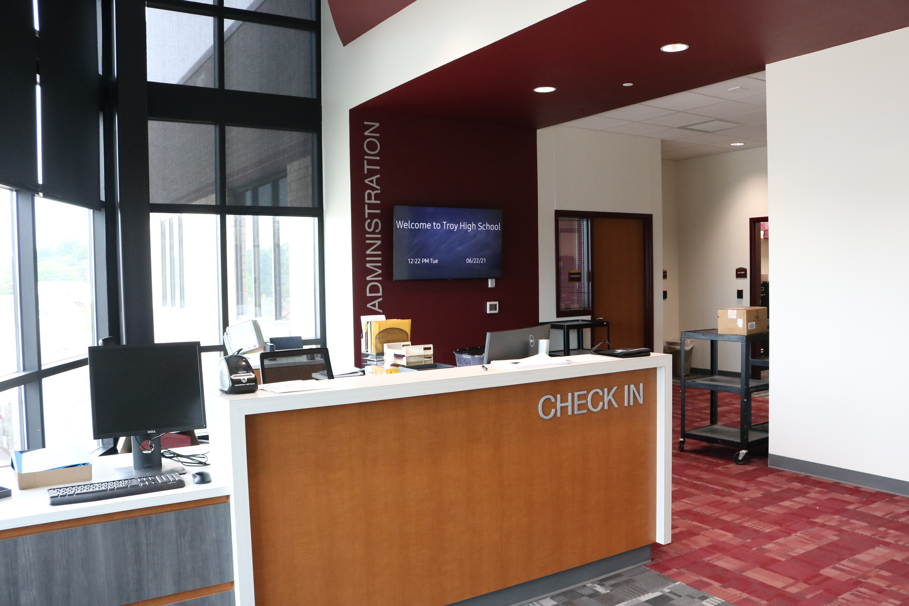 THS Check-in, New Front Office