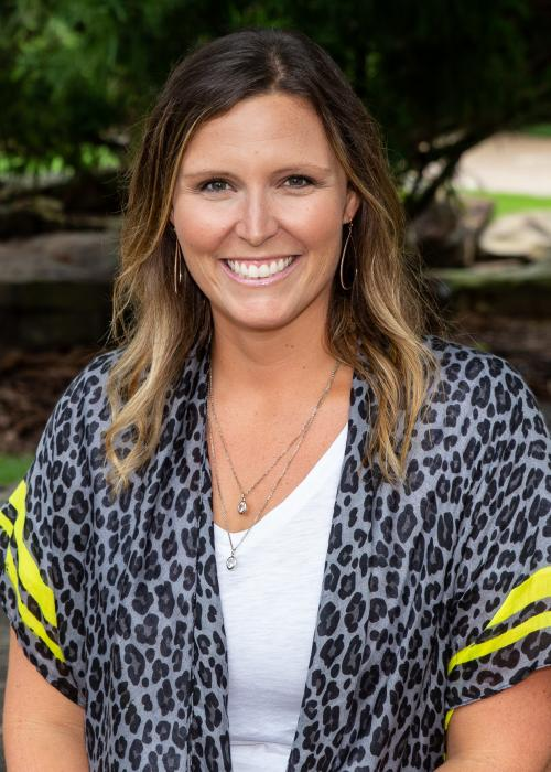 Amy Jones, Principal