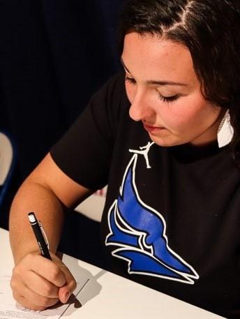 Madelyne Koop Signing Day