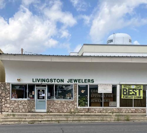 coats jewelers storefront