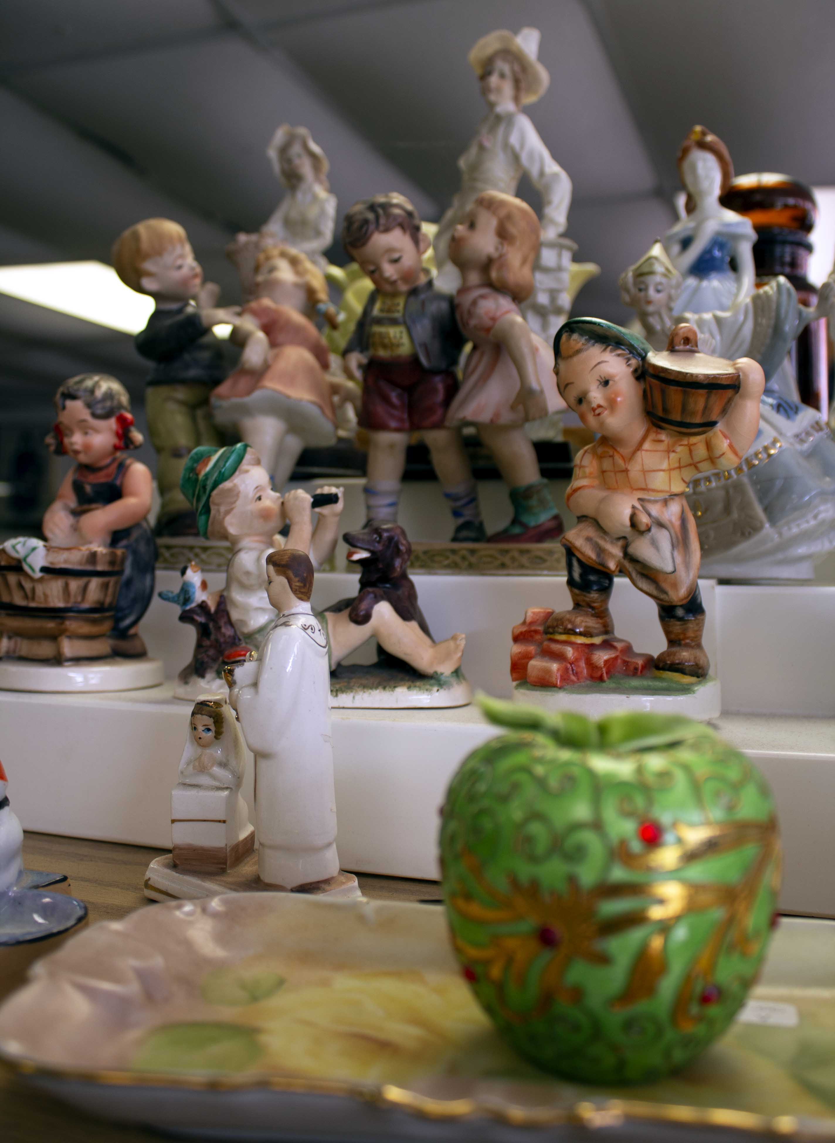 figurines and collectables