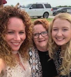Zoe, Mom and Me