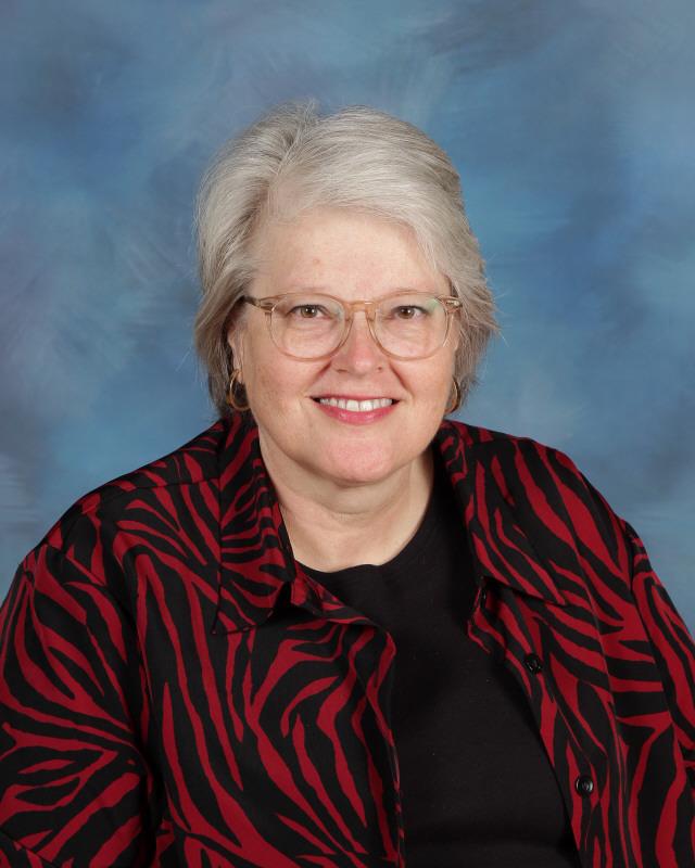 Sheila Arnett, Science: SARNETT@lenoircityschools.net