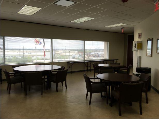 4th Floor Lounge Area