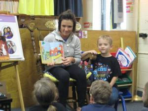 Jagger's mom reading to the class!