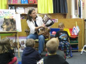 Adam's mom reading to the class!
