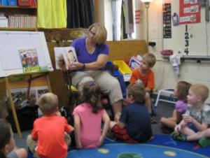 Ammon's mom reading to the class!