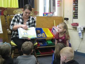 Brooklynn's mom reading to the class!