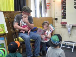 Lily's dad reading to the class!