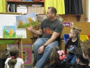 Isla's dad reading to the class!