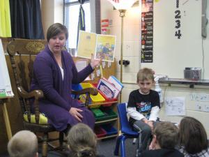 Jarrett's mom reading to the class!