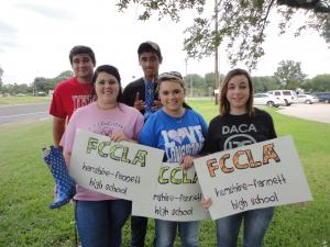 FCCLA members fundraising...you go, guys!  =)