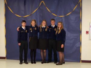 Aaron at FFA convention receiving is State Farmer Award