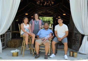 Phomsithi Family Photo