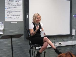 Lindsey Sharp, hair stylist