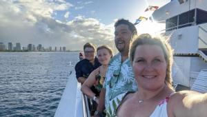 Hawaii dinner cruise 2021