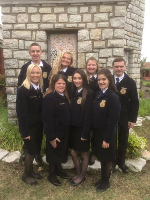 Say hello to your 2019-2020 Sr FFA Officer team!